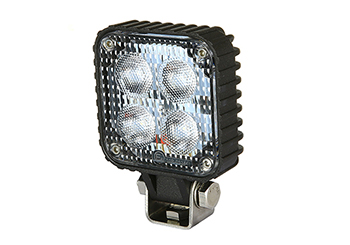 QL9840S-4 – Water/dustproof LED Work Light with IP67